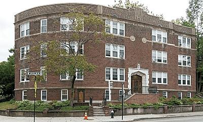 576 Washington St, 2