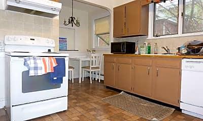 Kitchen, 228 Washington St, 1