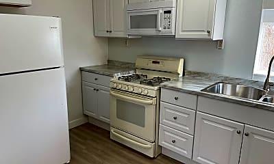 Kitchen, 364 900 W, 0