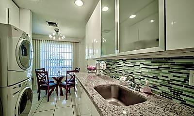 Bathroom, 1540 NW 18th Ave 202, 0