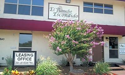 El Rancho Escondido, 0