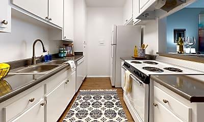 Kitchen, Newport Village Apartments, 1