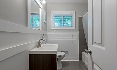 Bathroom, Room for Rent -   a 4 minute walk to bus 107, 1