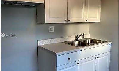 Kitchen, 621 NW 5th Ave 2, 1