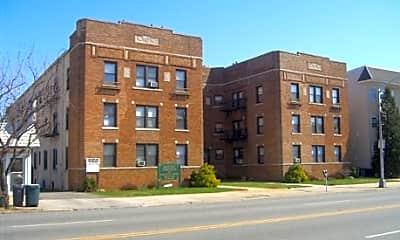 Belleville Apartments, 0