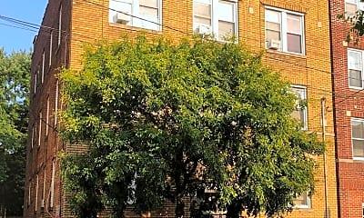 Building, 105 Pine St, 1