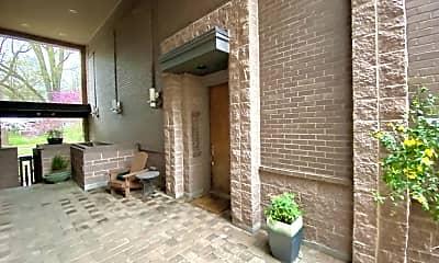 Patio / Deck, 420 Queens Rd, 2
