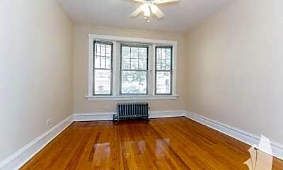Living Room, 1603 W Berteau Ave, 1