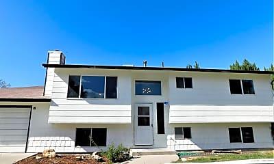 Building, 2406 Walnut Ave, 2