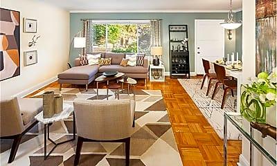 Living Room, 172 Sherman Rd, 1