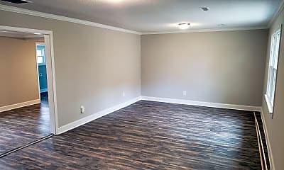 Bedroom, 516 N Franklin St, 1