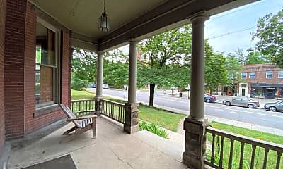 Patio / Deck, 218 King Ave, 1