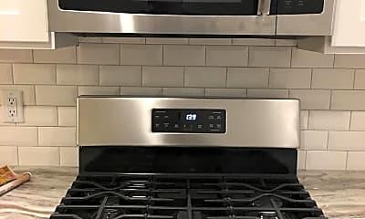 Kitchen, 821 S 60th St, 2