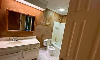 Bathroom, 1435 Westbrook Rd, 1