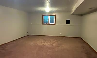 Living Room, 510 Ben Dr, 2