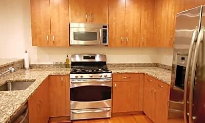 Kitchen, 48 S Park St 611, 1