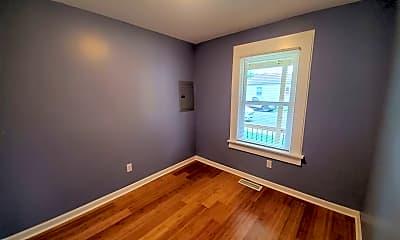 Bedroom, 401 Ash St, 2
