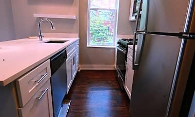 Kitchen, 1059 N Damen Ave., 1