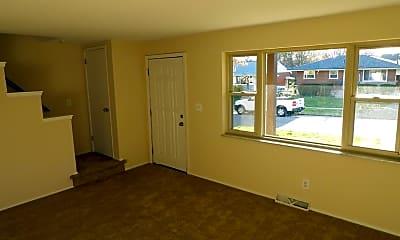 Building, 9142 Orangewood Dr, 1