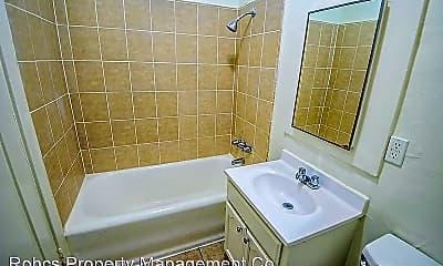 Bathroom, 1056 Normandie Ave, 2