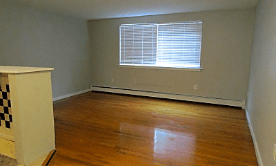 Living Room, 160 New Britain Ave, 1