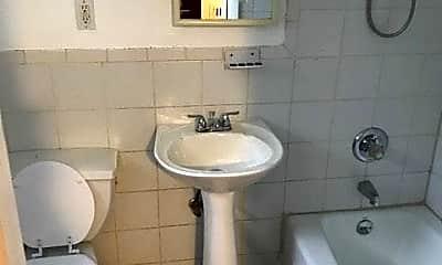 Bathroom, 31 W 19th St 2, 2