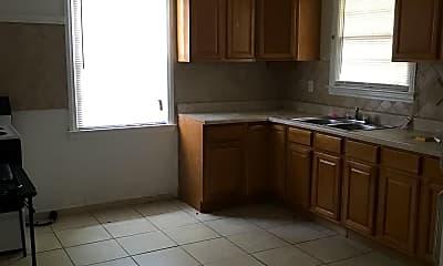 Kitchen, 16 Sharolyn St, 2