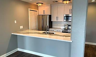 Kitchen, 112 W Washington Blvd, 1
