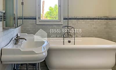 Bathroom, 132 N Crescent Heights Boulevard, 2