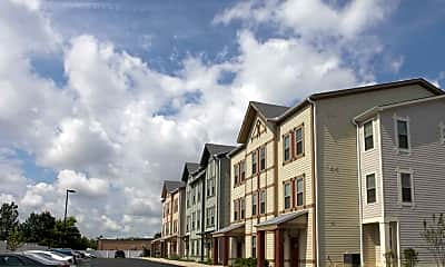 Building, The Townhomes At Newtown Crossing, 2