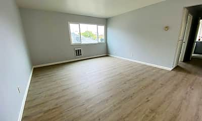 Living Room, 6221 Cypress Ave, 0