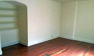 Bedroom, 633 Commonwealth Ave, 2