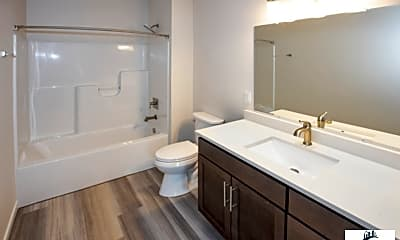 Bathroom, 2695 Howard Commons, 2
