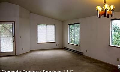 Living Room, 970 SE Ireland St, 2
