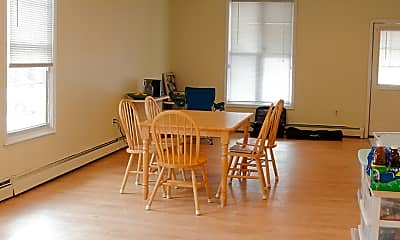Dining Room, 1207 Mulberry St, 2