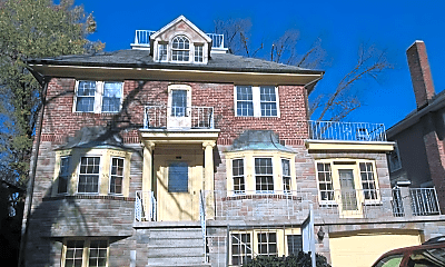 Building, 641 Aldershot Rd, 1