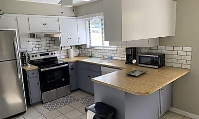 Kitchen, 2110 S 11th St, 0