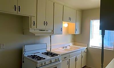 Kitchen, 7443 Elm St, 2