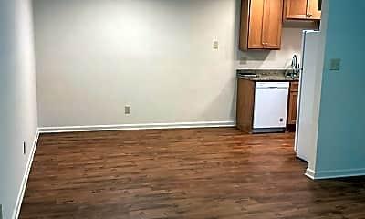 Living Room, 937 E 9th Ave, 0