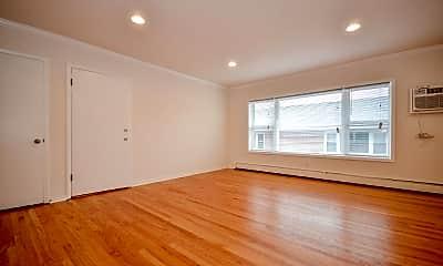 Living Room, 314 Duane St, 2