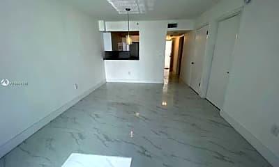 Kitchen, 126 SW 17th Rd, 1