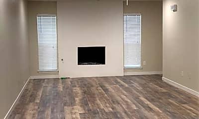 Living Room, 427 Neely Ave, 1