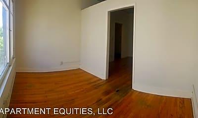 Bedroom, 4457 W 2nd St, 2