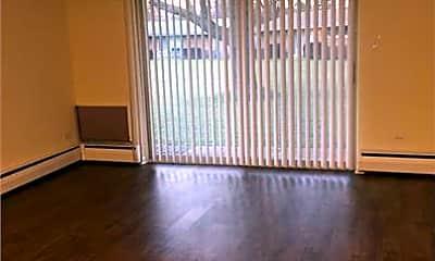 Living Room, 5 Acerra Dr, 1