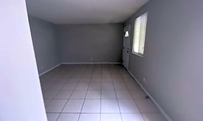 Living Room, 3050 Belden St, 2