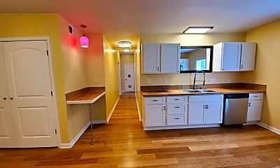 Kitchen, 553 Pemberton St, 0