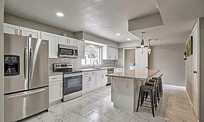 Kitchen, Room for Rent - North Houston Premium Home, 1