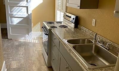 Kitchen, 735 N Westmoreland Dr, 2