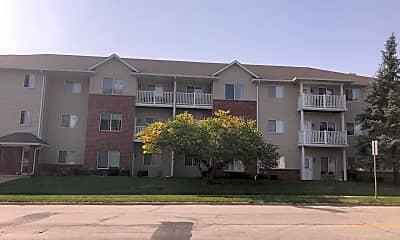 Building, 1401 N Dakota Ave, 2