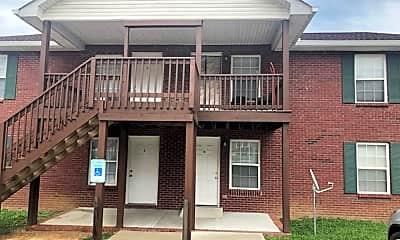 Building, 143 Darlene Dr, 1